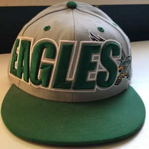 Philadelphia Eagles Mitchell & Ness Fitted Cap